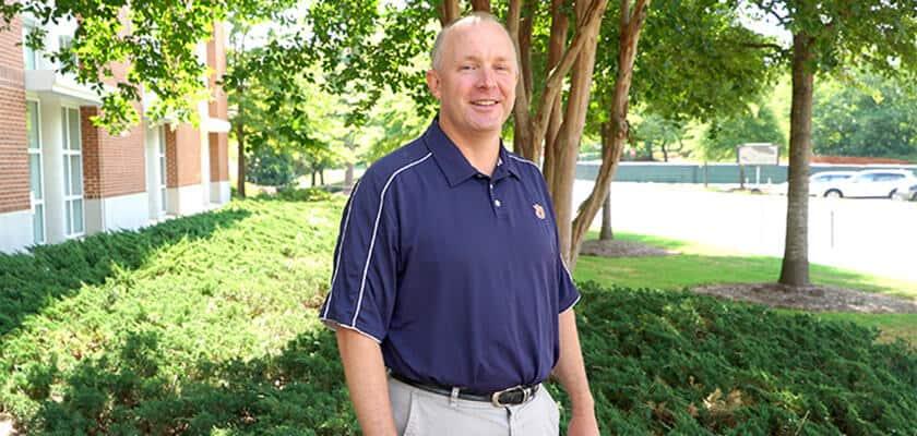 Farrow named Associate Dean for Academic Affairs